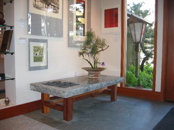 http://www.luini.com/gallery/2003-03_Ren-Brown-Gallery/IMG_0100.jpg